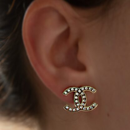 Chanel Crystal gold earring rent hire