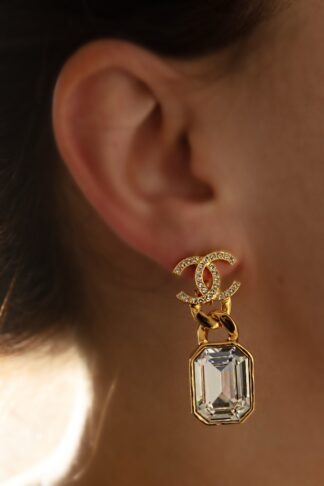 Chanel Crystal drop CC gold earring rent hire